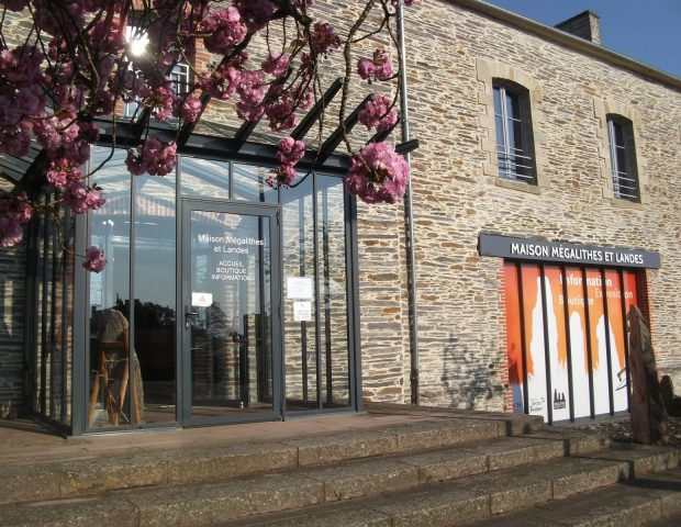 Maison Mégalithes et Landes – St Just