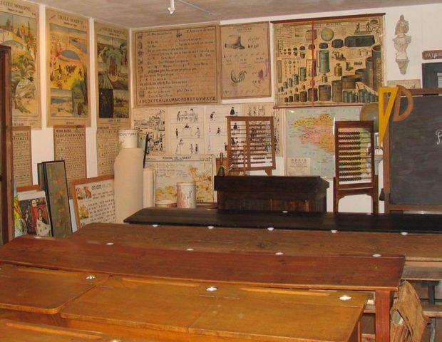 Musee des Arts Metiers Commerces Saint Gildas de Rhuys Morbihan