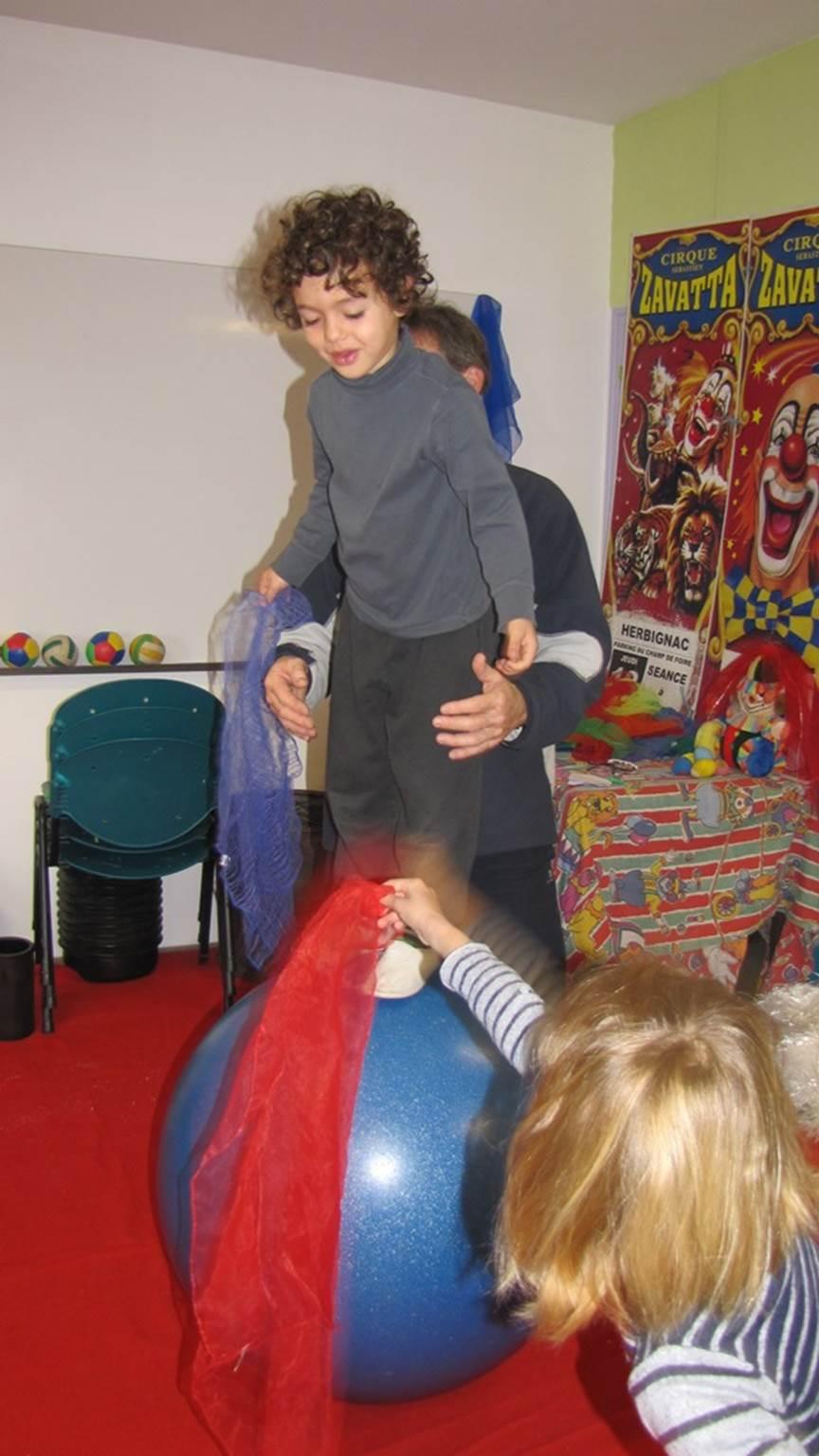 arts du cirque-La Roche-Bernard-Tourisme Arc Sud Bretagne