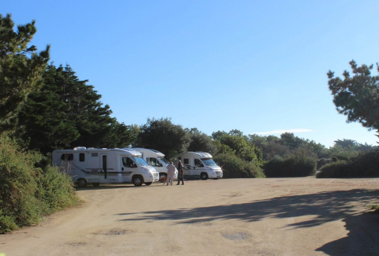 aire camping car damgan morbihan