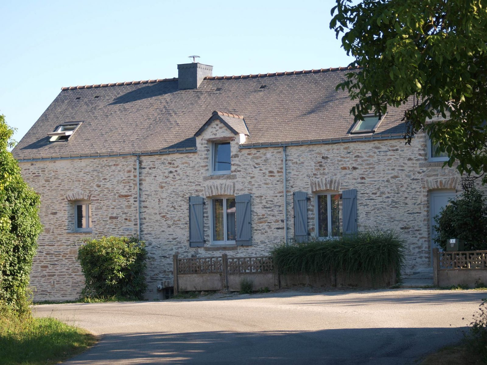 chambre d'hote-Takacs-salon-St Dolay-Tourisme Arc Sud Bretagne